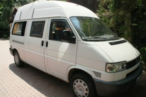 Camping-Bus B-CI 8889